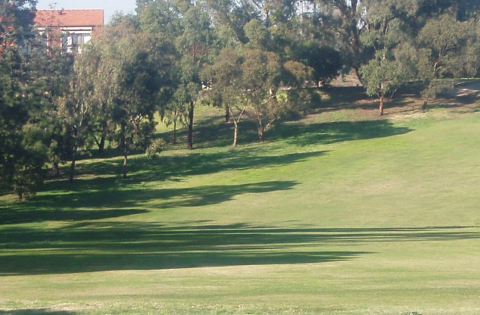 5th Hole – Par 4 (289 metres)