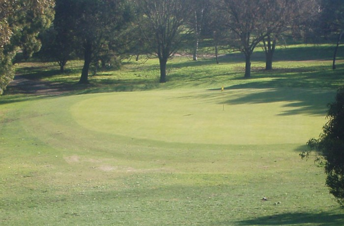 6th Hole – Par 3 (128 metres)